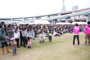 とあるイベントで全く未経験にも関わらず、ステージのマネジメントを任されました。様々なマネジメントを駆使した結果、1万人を遙かに超えるお客さんが来てくださり、素晴らしいボランティアイベントになりました。